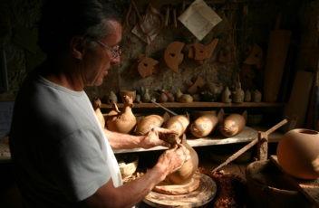 poterie-chals-roussillon-dubernard